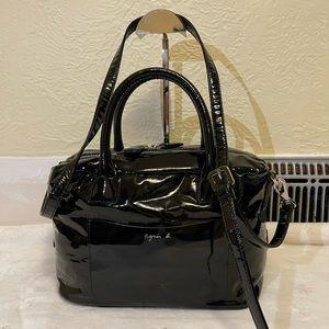 AGNES B voyage shiny shouder bag in black